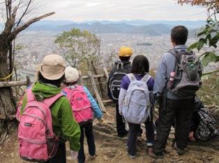 金華山山頂付近での眺望